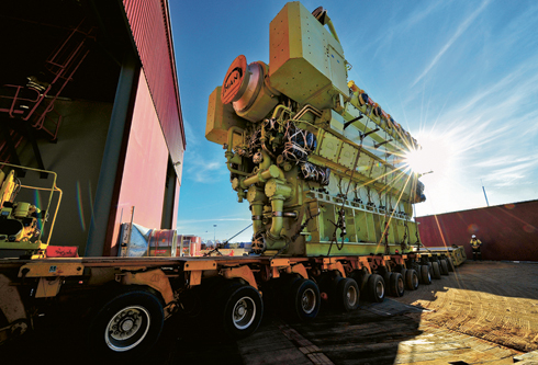 Tutt Bryant Heavy Lift  Shift is one of Australia's biggest crane, heavy haulage and special projects providers.