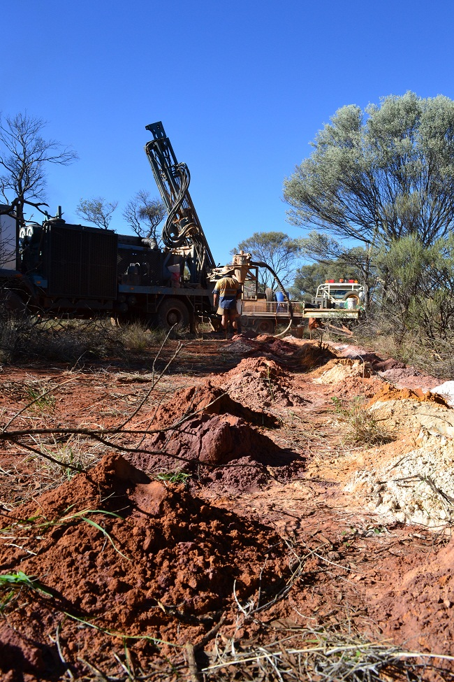 ROX Resources has completed a $3.2 million purchase Plan for the development of Fisher East nickel project.